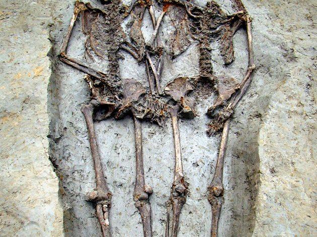 Photo of 1500 წლის წინ რომაელი წყვილი სიკვდილს ხელჩაკიდებული შეხვდა
